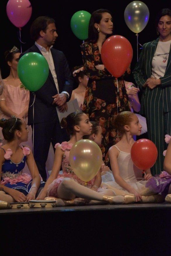 BALLET STAR LORENA BARICALLA SUPPORTS THE YOUNG DANCERS ANS BALLET SCHOOLS