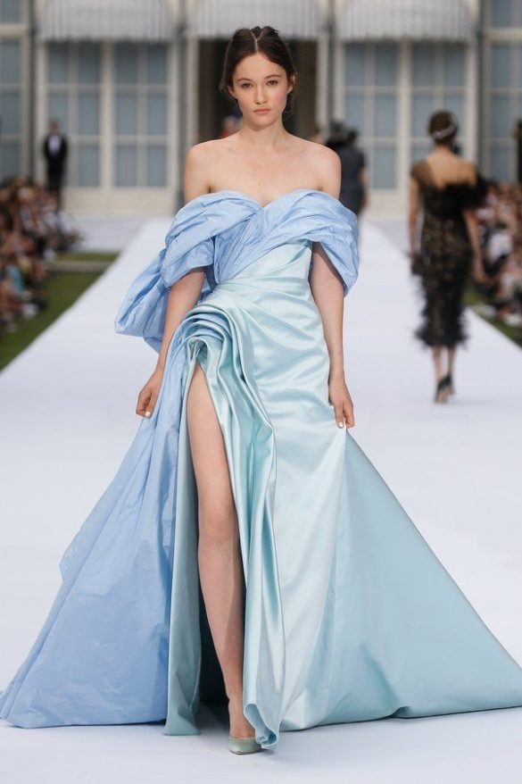 AUTUMN / WINTER 2019 COUTURE COLLECTION